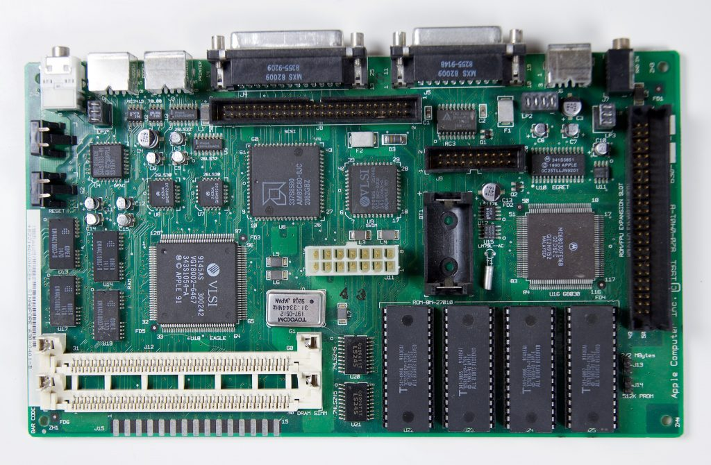 Macintosh Classic II logic board